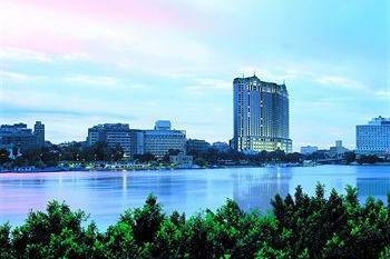 Four Seasons Hotel Cairo Nile Plaza
