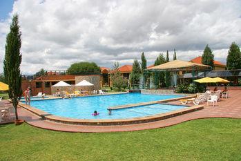 Los Parrales Resort Hotel